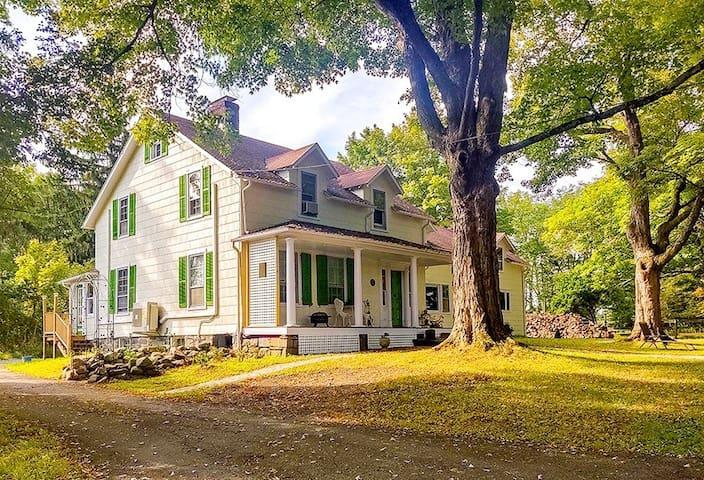 Summerville Historic Getaway (30 min-Mt.Creek)