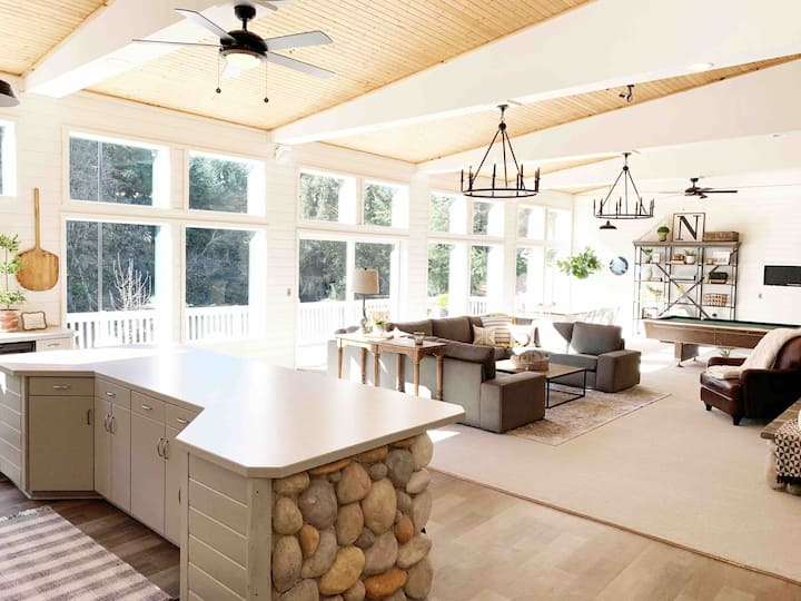 Modern Farmhouse - Country living in wine country.