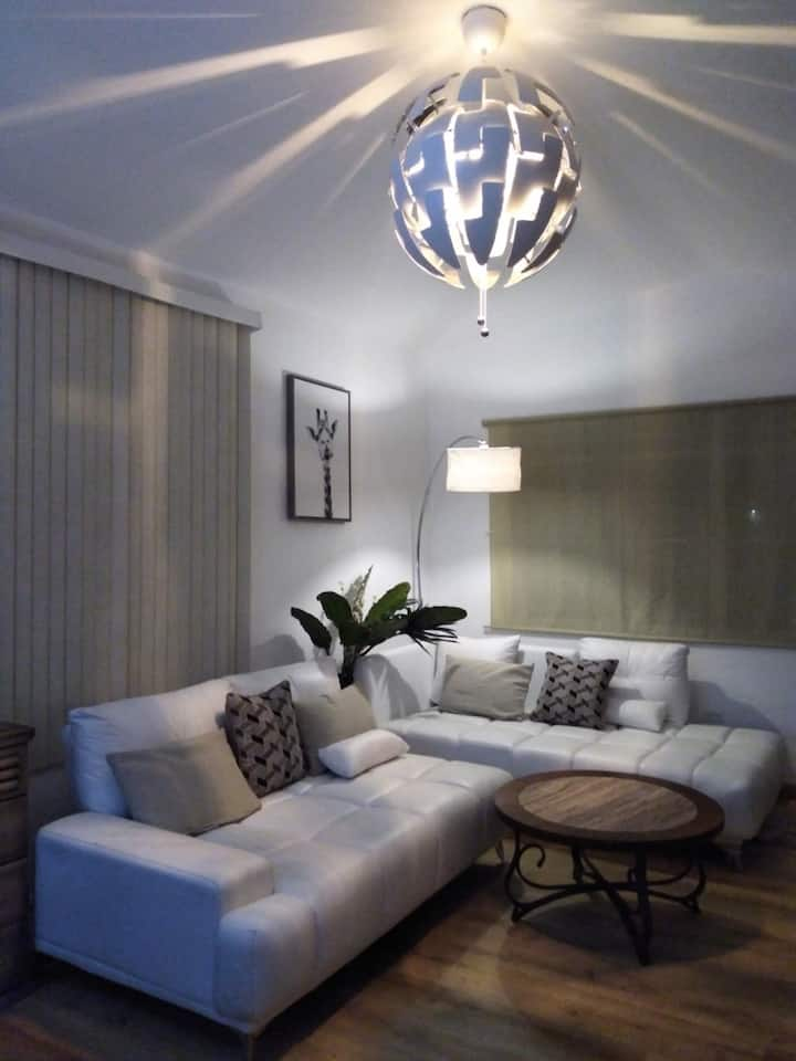 5 bedrooms  House in Ocean Park, near to the beach