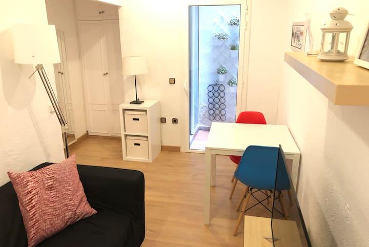 NEW! Apartment in Sarria, near Metro