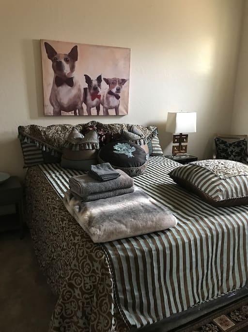 Designer bedding with custom bedding.