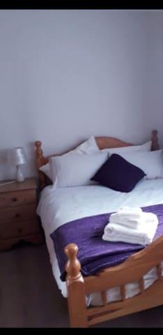 Double Room in quiet area