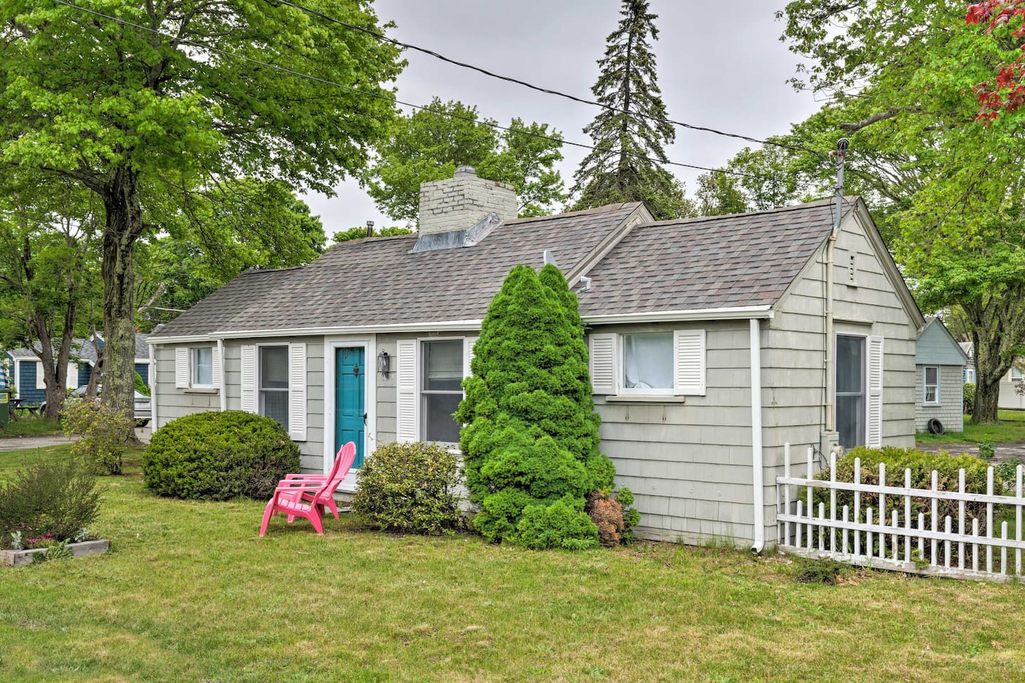 Book a trip to this charming vacation rental cottage in Barnstable.