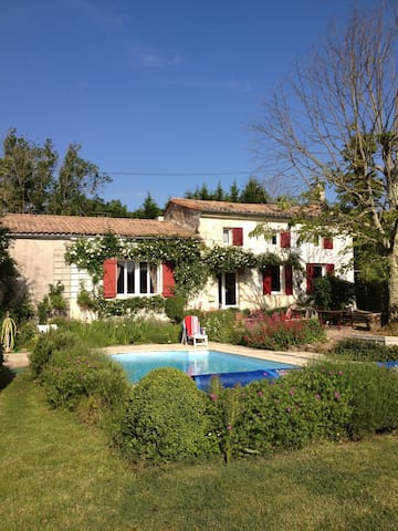 Charming farmhouse near St Emilion - Montpeyroux - Casa