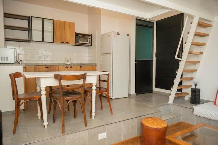 excelente loft de diseño y comodidad