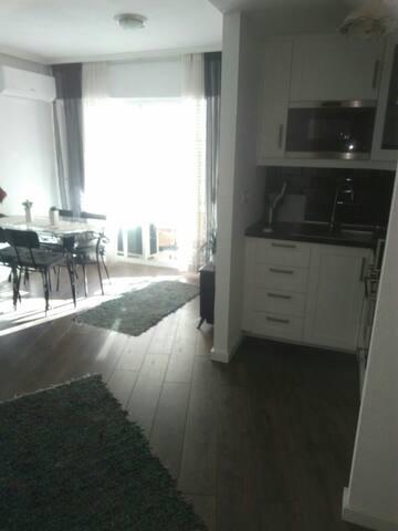Mysig lägenhete c.a. 500 till stran - Torrevieja - Appartement