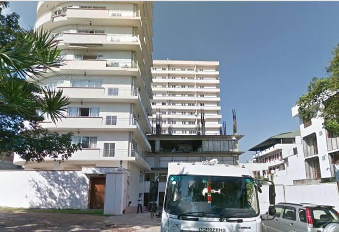 Serviced Apartment  Close to Lanka hospital