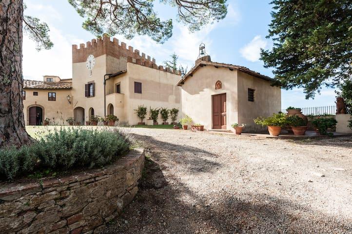 Historical Villa in San Gervasio