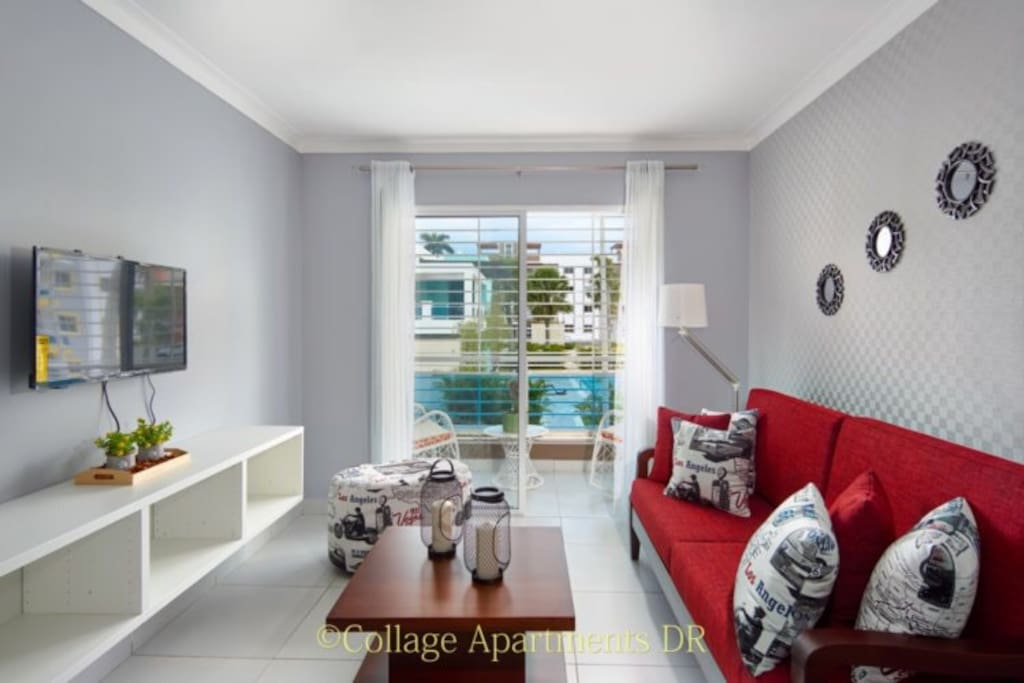 Marvelous view as you enter my Elegant Condo with Pool View !!