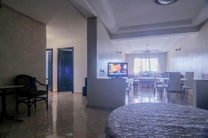 Bel Appart (110m²) bien ensoleillé au centre ville - Kénitra - Квартира