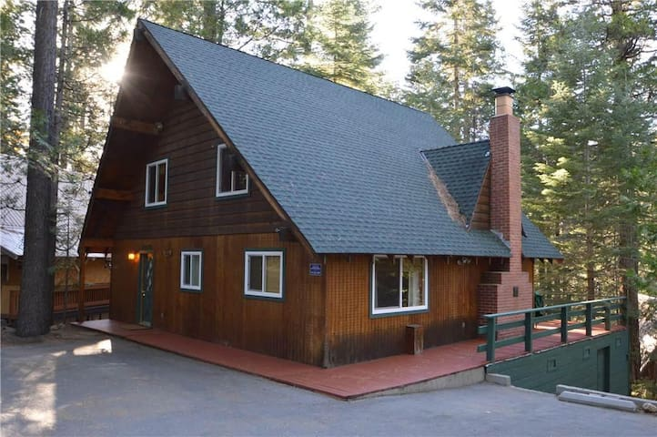 Palm To Pines - Shaver Lake - Appartement