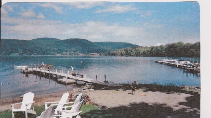 Lake view cottage. Cooperstown NY - Cooperstown - Chalet