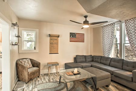 NEW! Wallace Home w/Game Table < 1 Mi to Downtown!