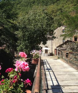 An historical watermill in  Casentino's poetry. - Bibbiena