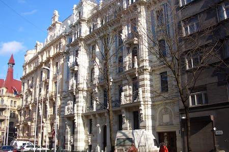 Riga's Art Nouveau apartment! - Riga