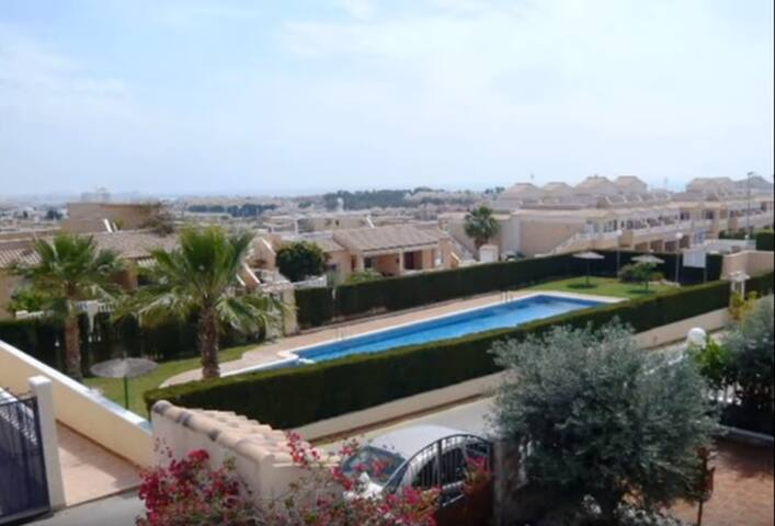 Seaview Casa in Los Altos. 3 bedrooms,2 bathrooms. - Torrevieja - Hus