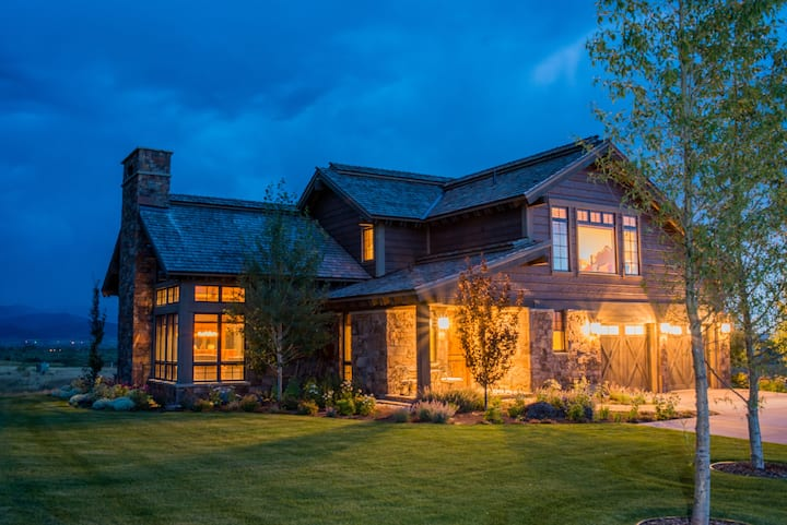 C&C Breathtaking Bunchberry Court