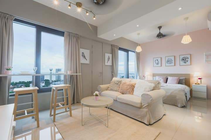 Pinkie Seaview Studio Suite*Georgetown|乔治市少女粉色系海景房