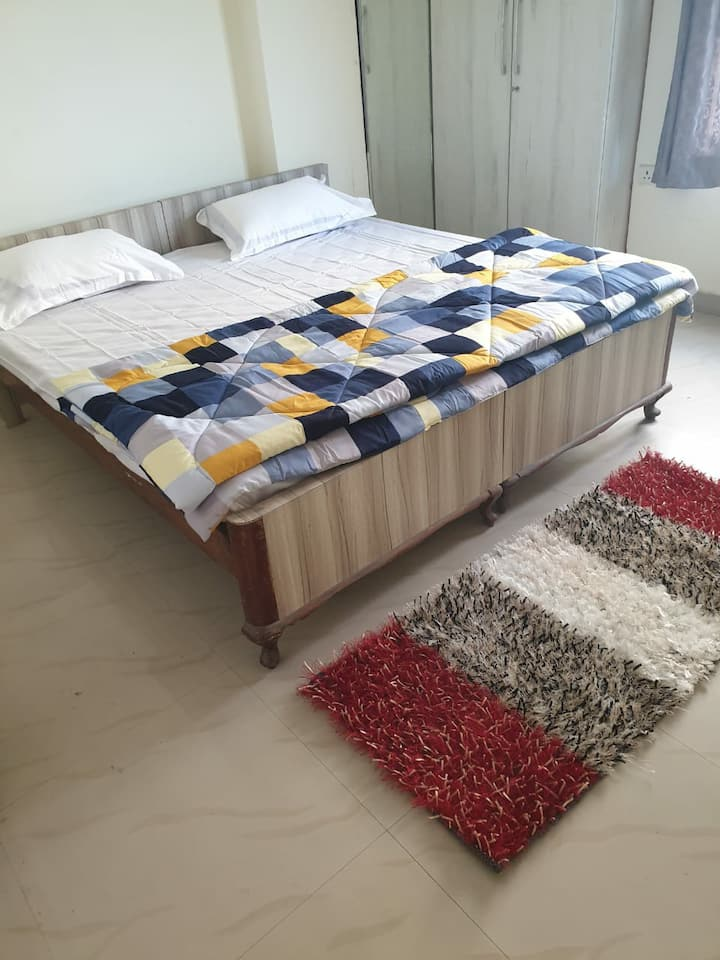 Peaceful  & Pious .Modern  home stay  in Varanasi