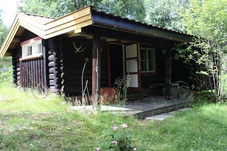 Gamelstu - Elverum - Blockhütte