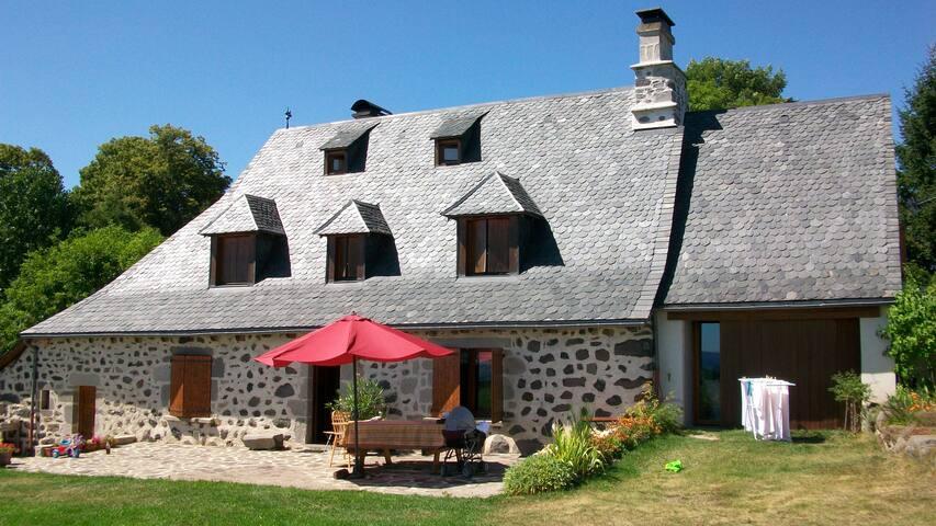 Maison traditionnelle du sud Cantal