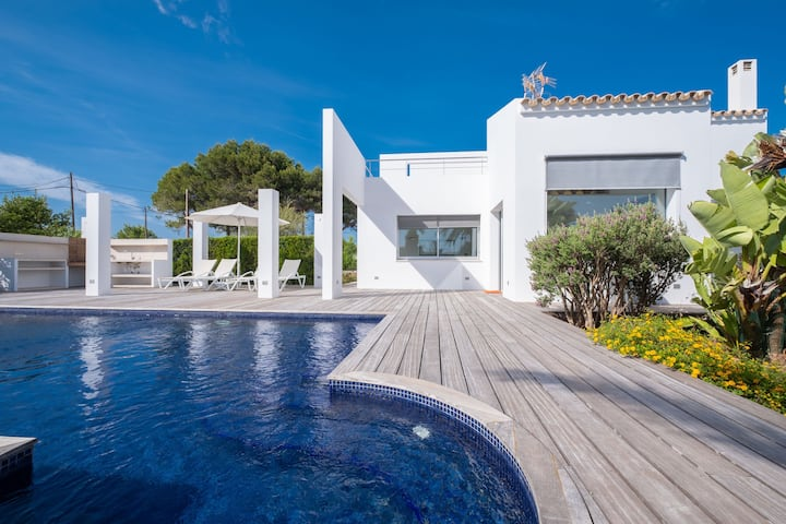 Modern villa with pool and barbecue - Villa Xipell