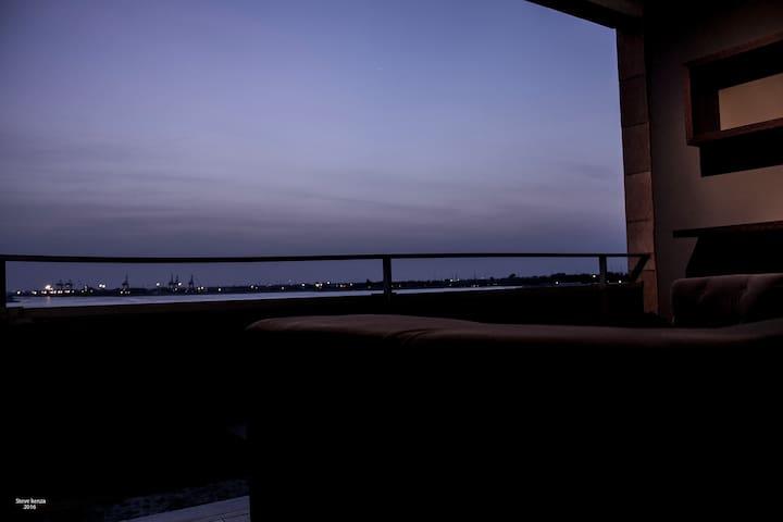 Studio 36m2 luxueux. vue splendide sur la lagune