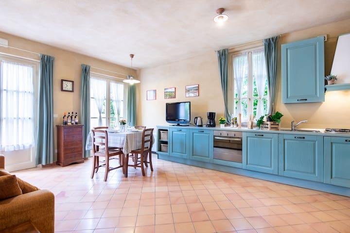 """Apartment in historic Villa in Siena_""""IL CHIANTI"""""""