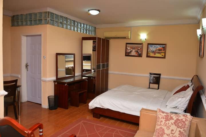 Aishar Residence Flat 4 - A