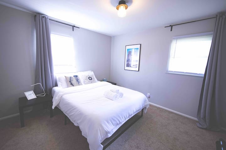 ★5-min to Easton Mall★Spacious Room★Free Parking★