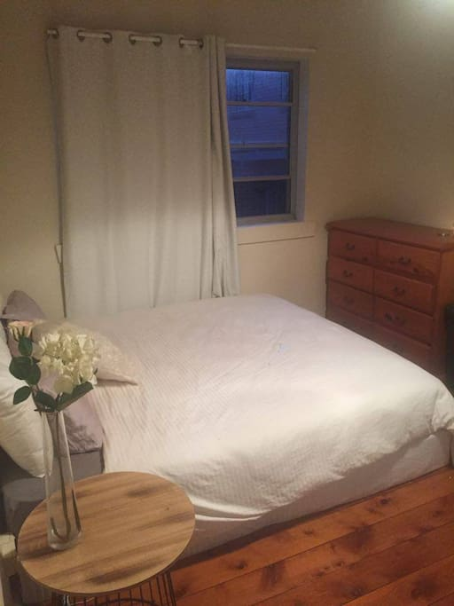 Massive bedroom. Features: King Size bed, bedside table and massive built in wardrobe. Can clear space!