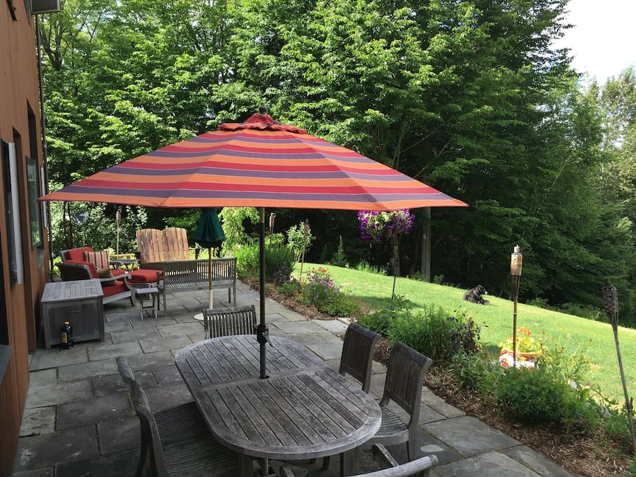 Huge patio for family gatherings, table extends for 12