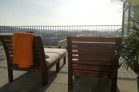 Beautiful Penthouse Apartment - Böblingen - Huoneisto