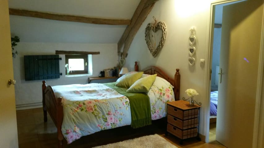 Double bedroom leading to twin singles room
