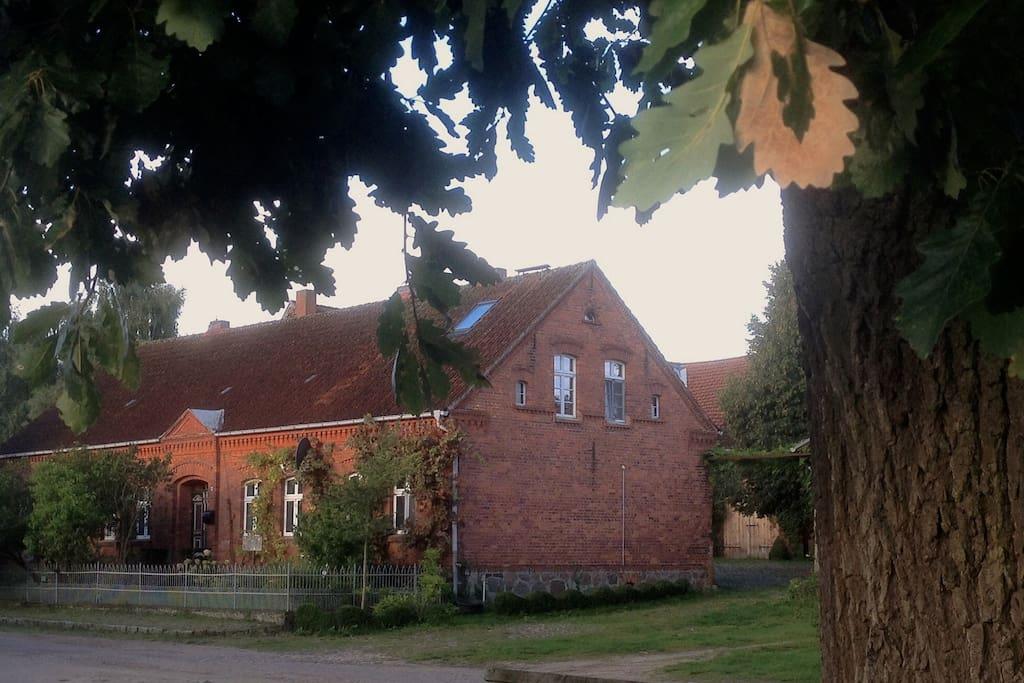 Der Hof im Herbst