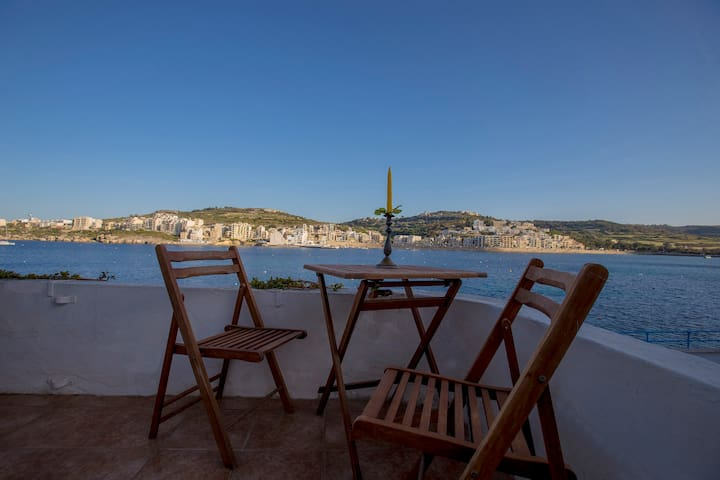 Room by the sea - San Pawl il-Baħar - Casa
