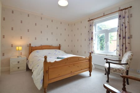 Two bed house in centre of Newark - Newark-on-Trent