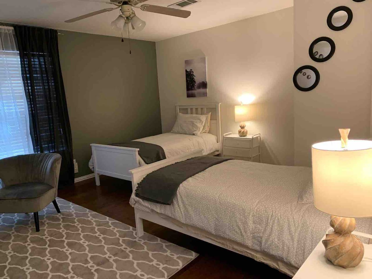 Bedroom 2 - two twin beds