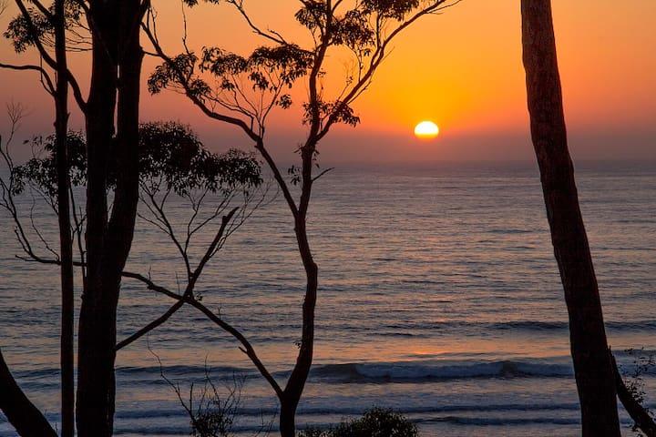 Denhams Beach Retreat on the beach - Denhams Beach - Villa