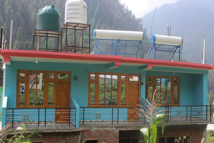 cool homestay mountain view
