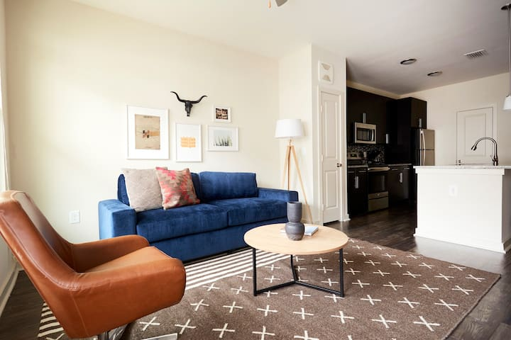 Sonder | Eastside Station | Airy 1BR + Balcony