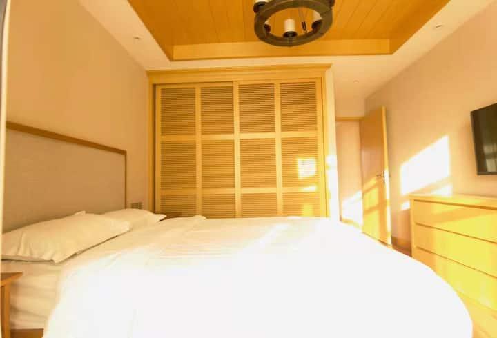 富龙达沃斯山景一室一厅