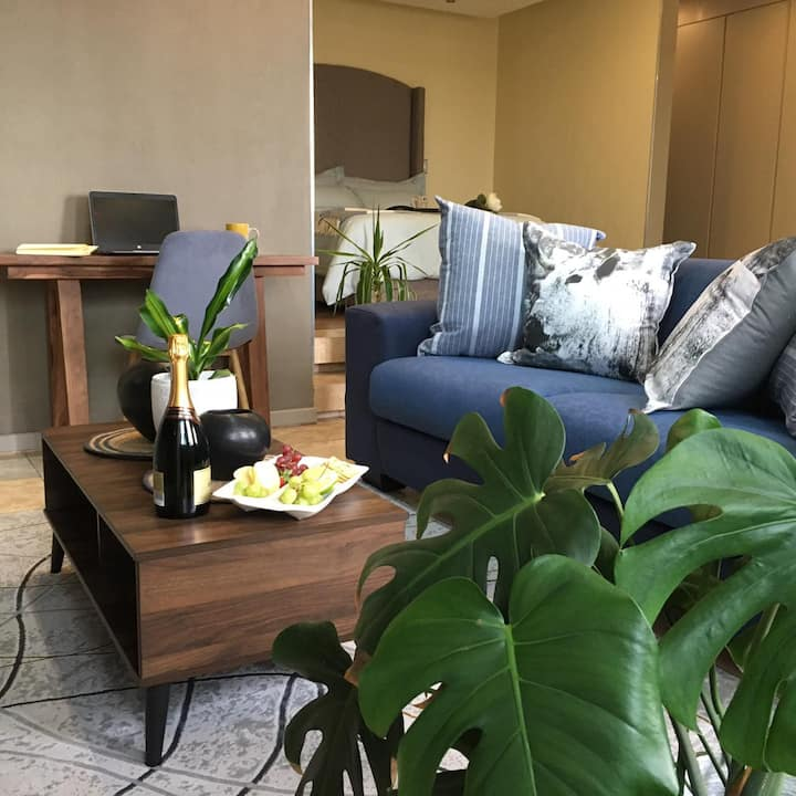 Modern and cozy for couples exploring Johannesburg