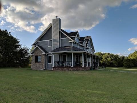 New Flint Hills Private Farm Home Retreat