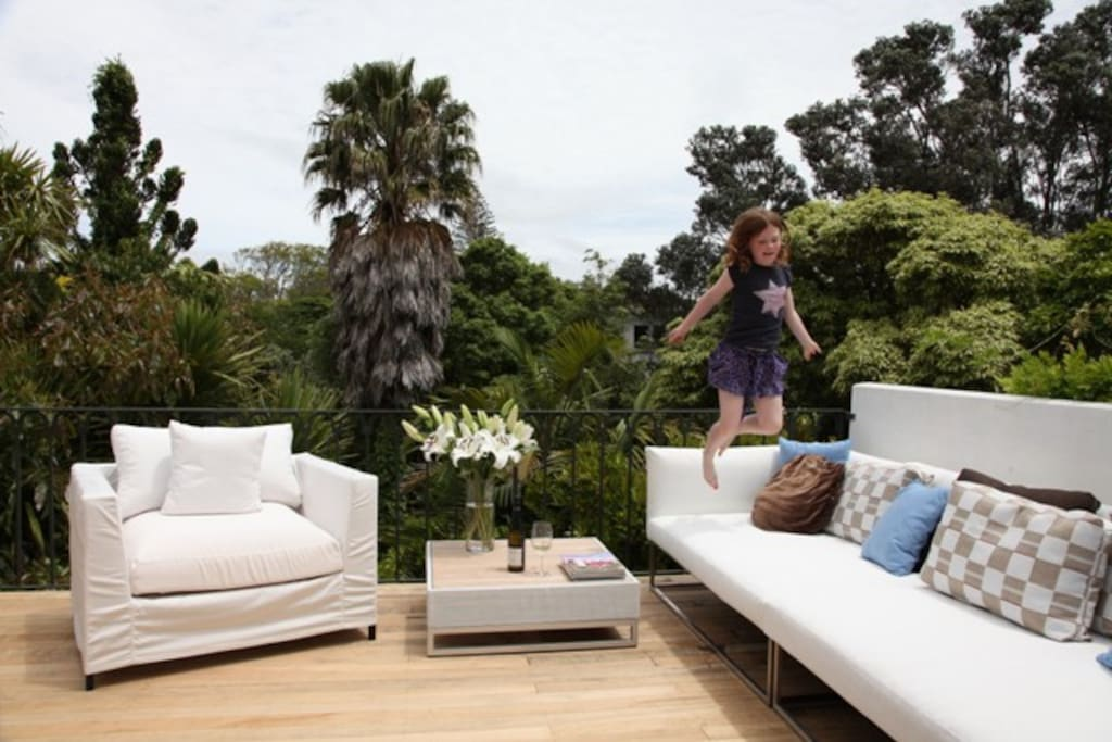 lovely large sunny upstairs deck and entertaining area fully furnished: (*Note: outdoor furniture may vary - as we staged some furniture for  some photoshoots)