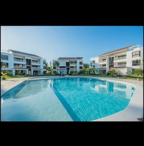 Luxury apt at los cocos Residences (oceano 101)