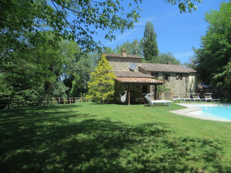 Antico mulino tutto per voi del 1600 sul tevere ville in for I piani rossi della casa del cottage