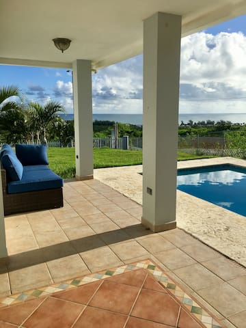 Private, Serene 4bdr Overlooking Caribbean