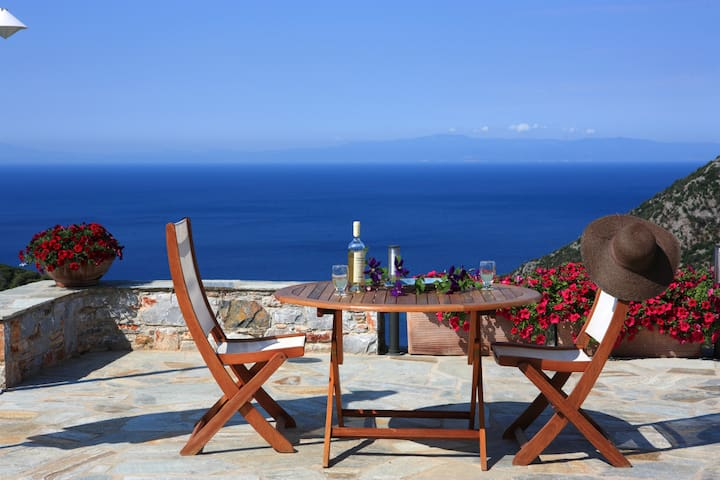 Elies 1 - Sporades - Huvila
