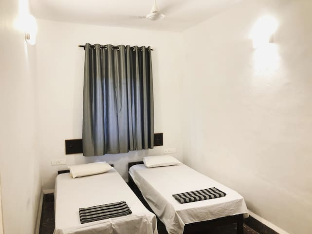 Comfortable, Clean & Convenient rooms in South Goa